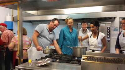 Taller de Cocina Navideña organizado por el AMPA